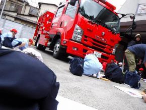 19働く消防 (1).jpg